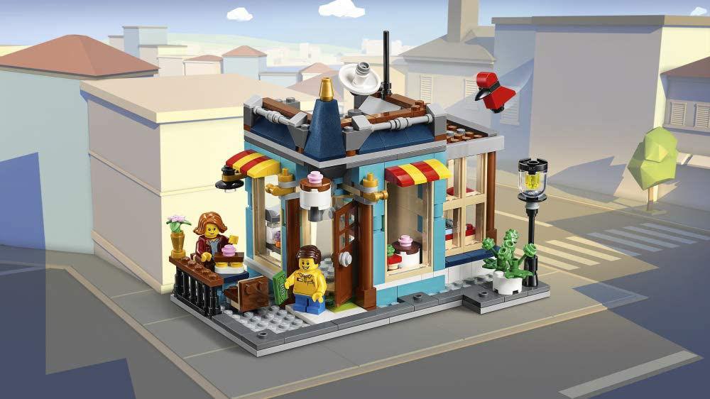 Изображение Townhouse Toy Store