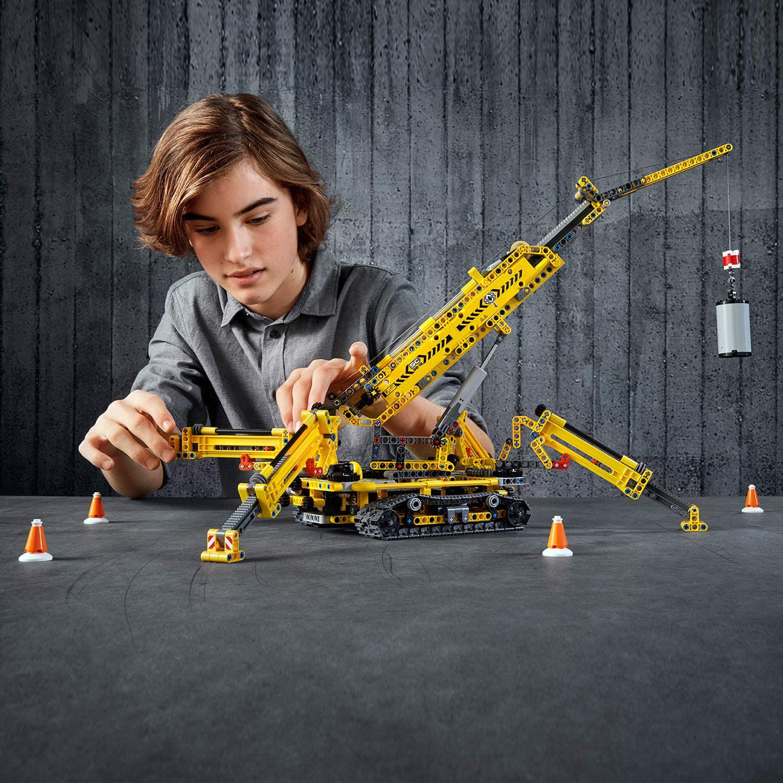 Изображение Compact Crawler Crane