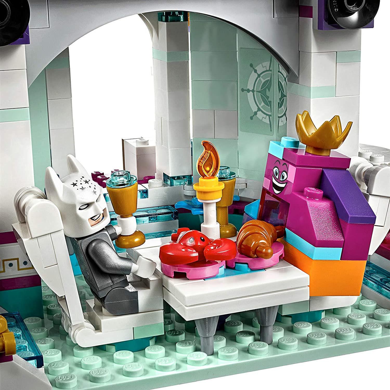 Imagen de Queen Watevra's 'So-Not-Evil' Space Palace