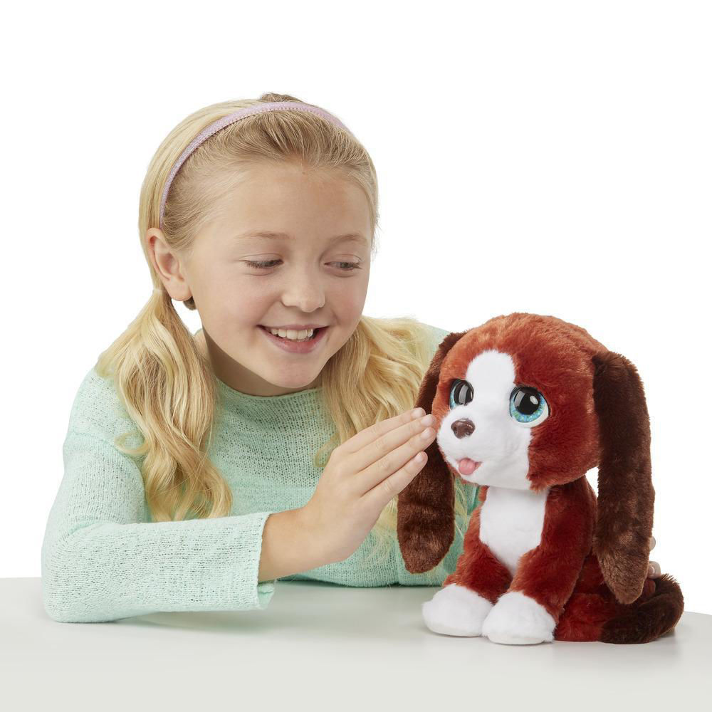 FurReal Howlin' Howie Interactive Plush Pet toy